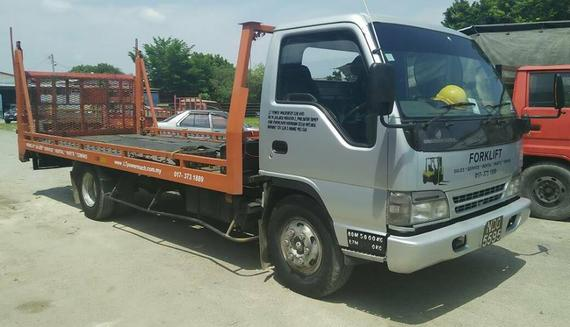 3532375 towing lorry?1506337127