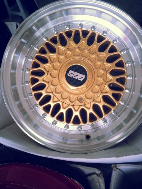 BBS 15x7 8H100/114.3 GOLD *ALSO AVAILABLE IN RED/BLUE/SILVER*