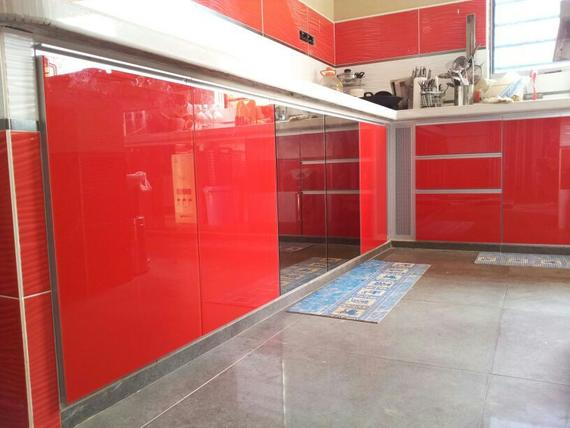 Color Glass Aluminium Cabinet