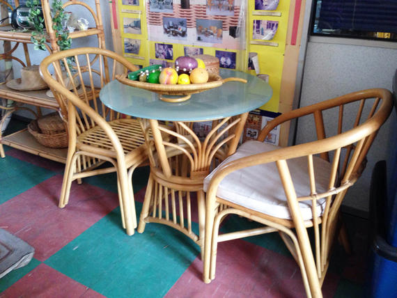 TAMPIN DINING SET