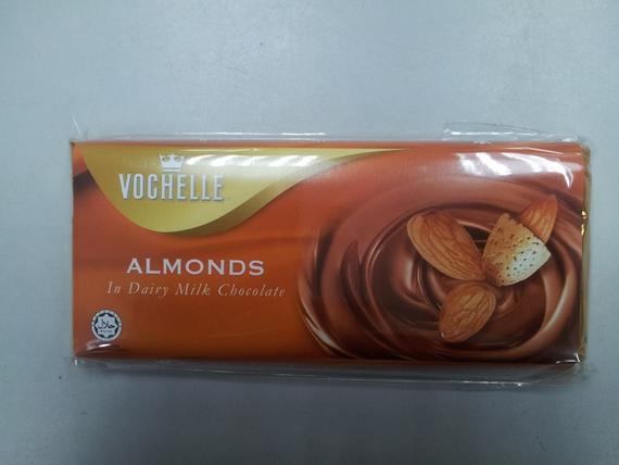 Vochelle 90g Almonds
