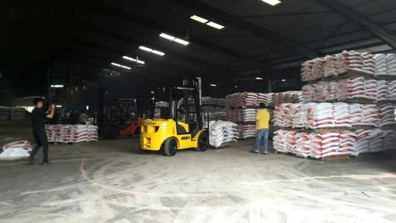 Hyundai Forklift in Fertilizer