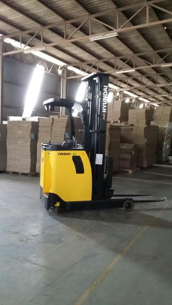 Reachtruck 9series at packaging