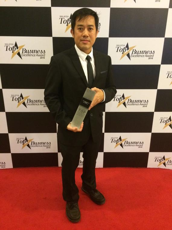 Boss with Award