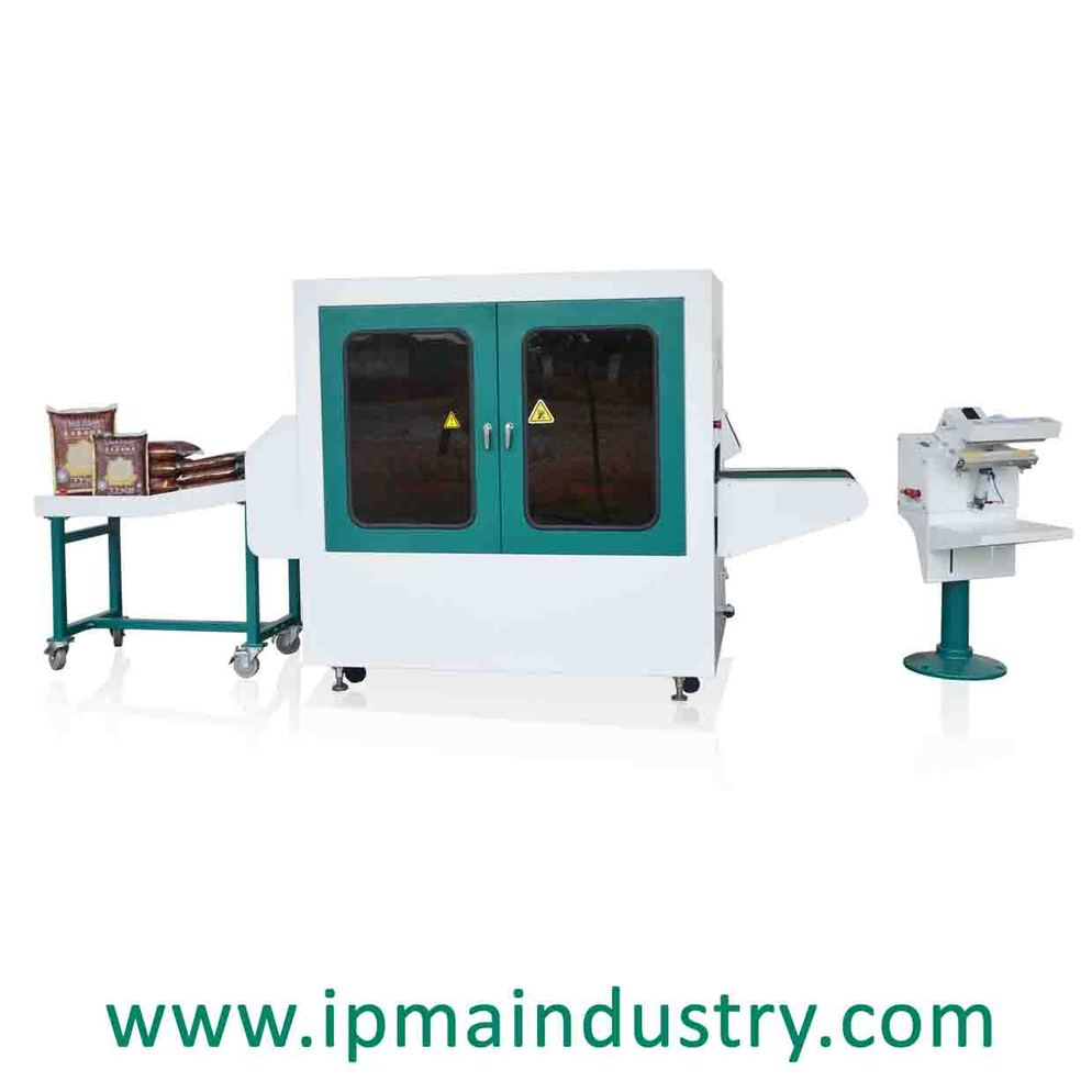 Automatic Vacuum and Leveling Machine
