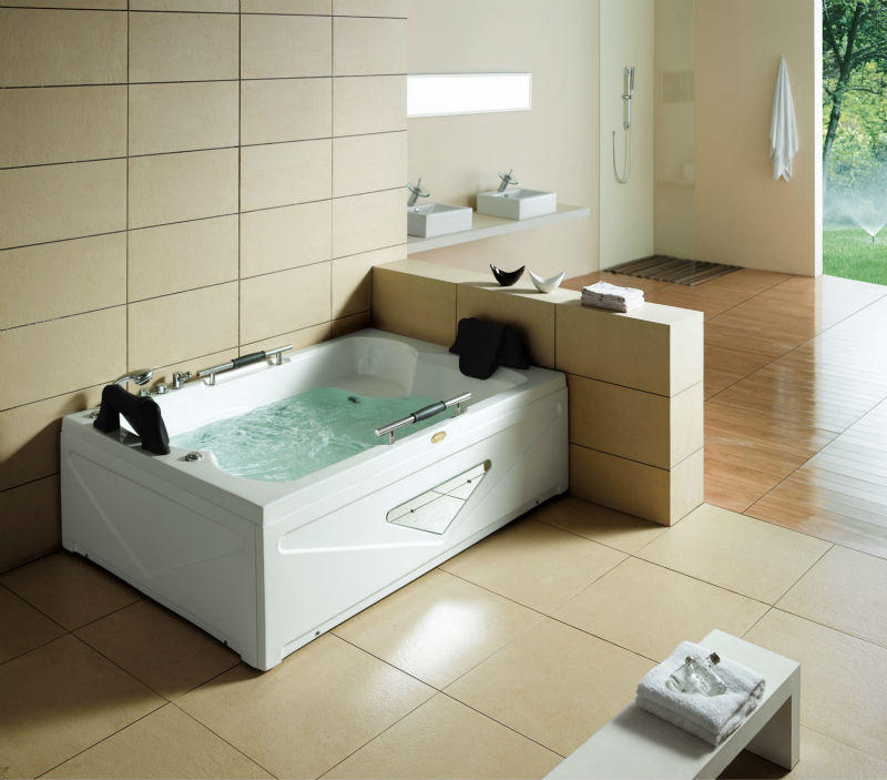 Mssage Bathtub