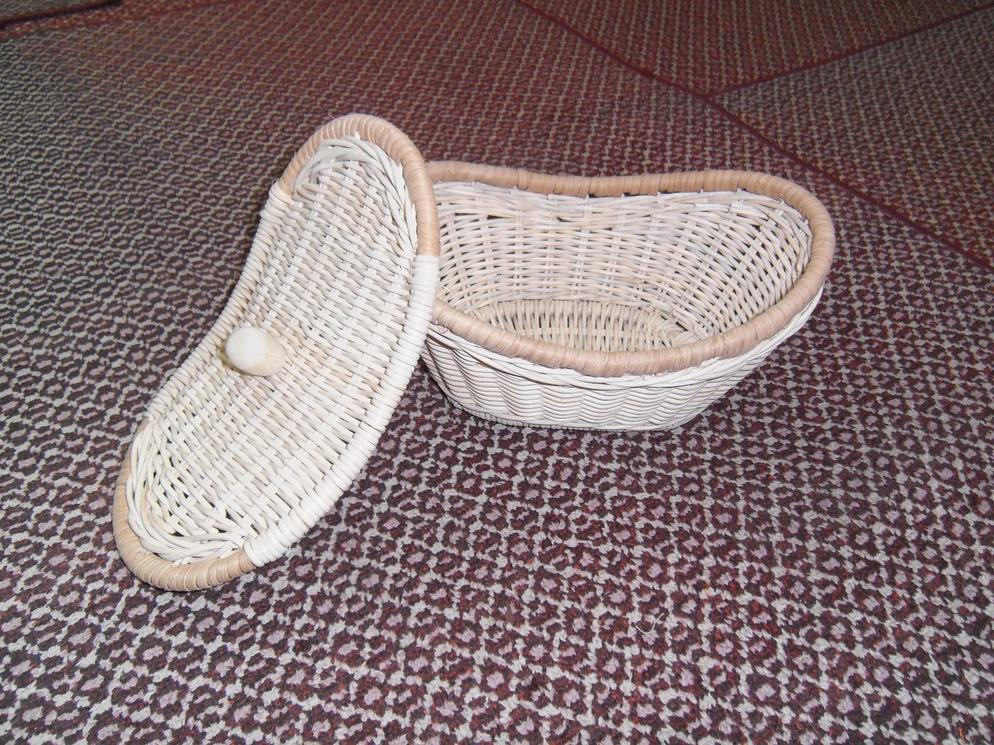 Rattan Basket with Lid (A)