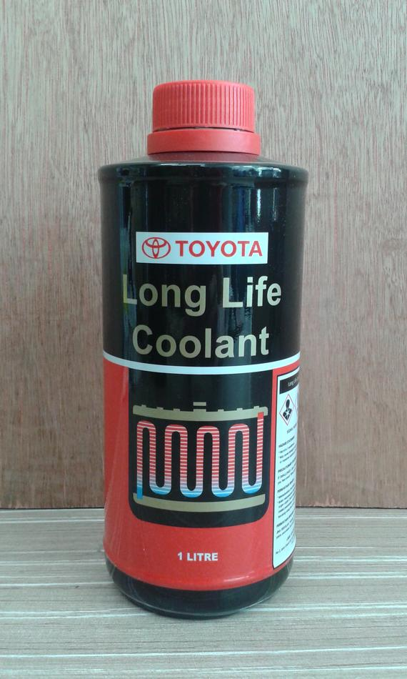 TOYOTA GENUINE LONG LIFE COOLANT 088891L