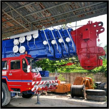 Heavy Lifting Vehicles