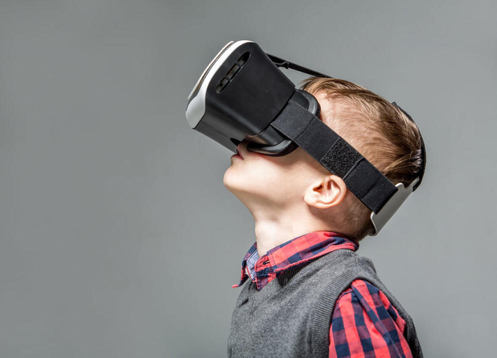 3516214 8 ways vr is used for video games?1500345282